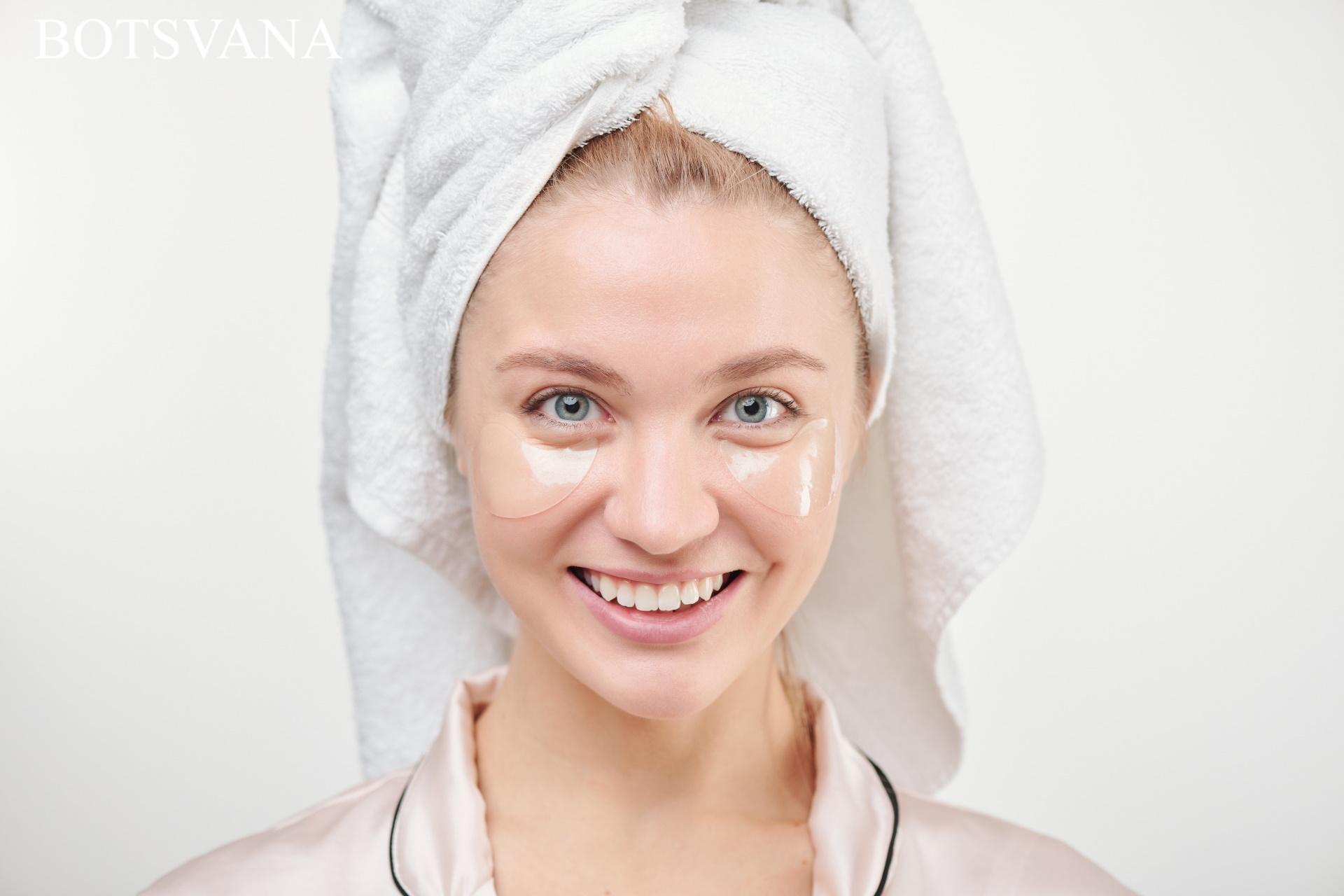 Healthy young woman with toothy 437358 - Haftalık Diş Bakımı & Yüz Maskesi